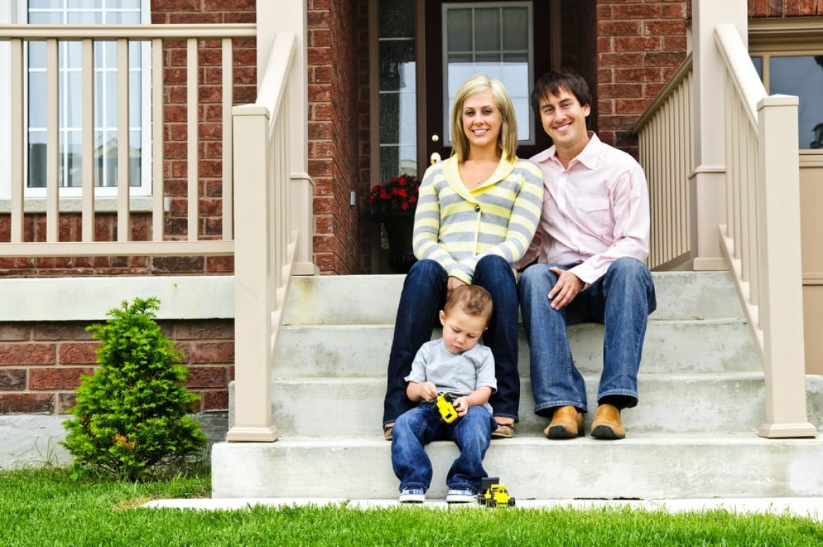 pros and cons of living in hoa